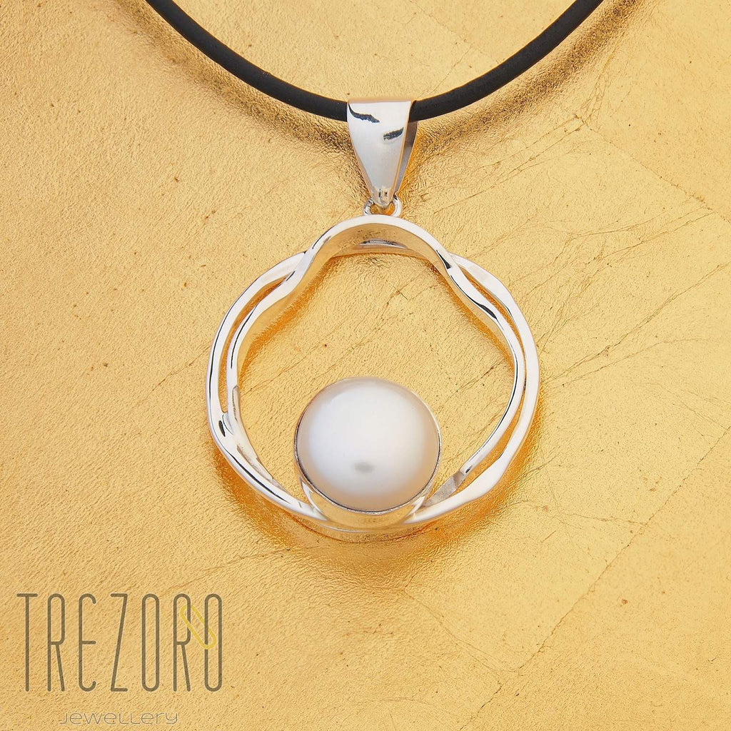 Curved Line in a Circle and Pearl Pendant - Trezoro Jewellery - 3