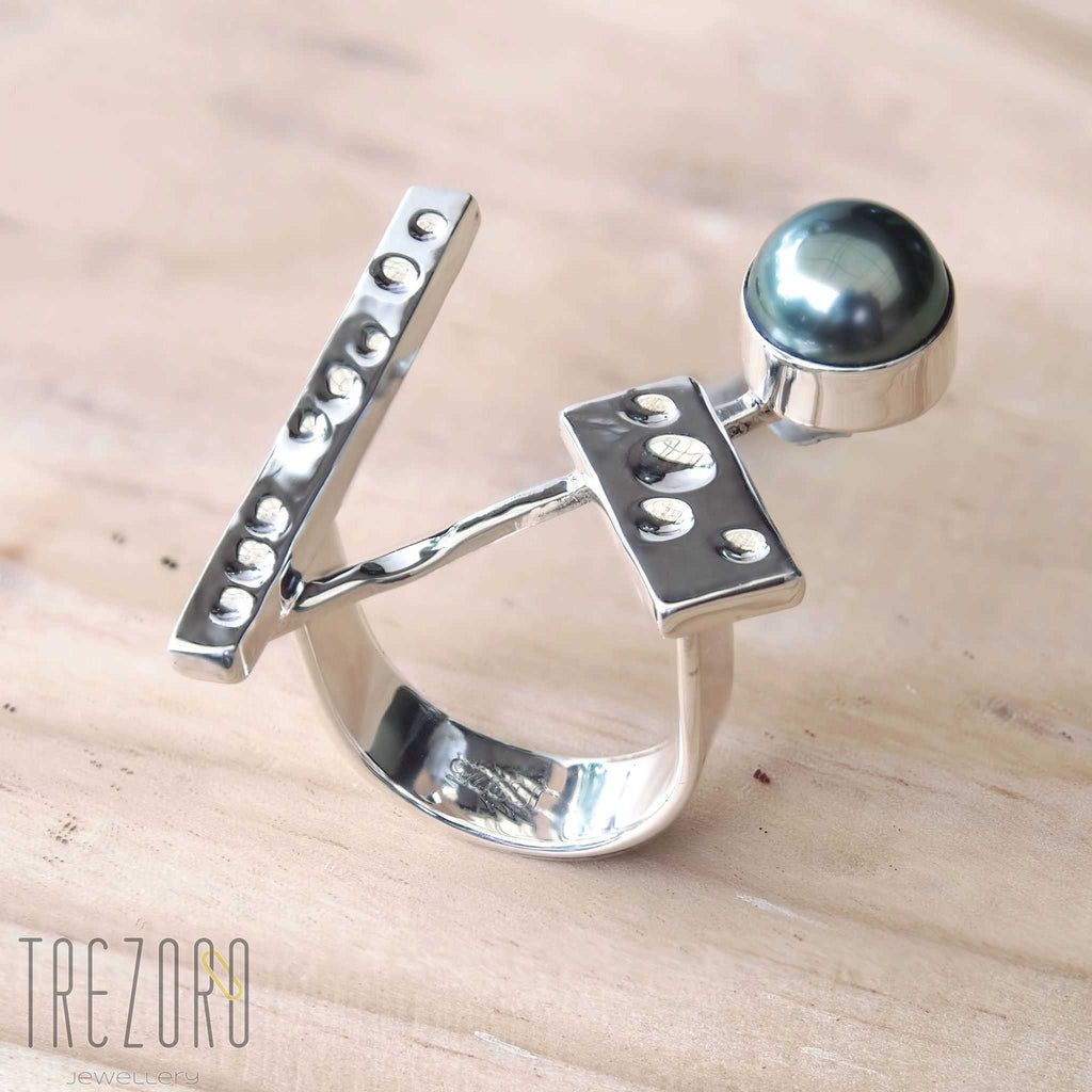 Triangle and Tahitian Pearl Ring Modern Design - Trezoro Jewellery Online Shop