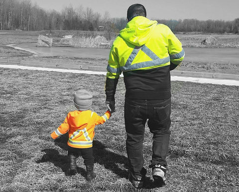 Lil Worker Safety Gear = LOVE. It's the BEST safety gear for kids in Canada!