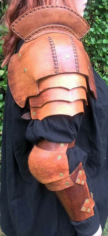 Leather Pauldron full arm