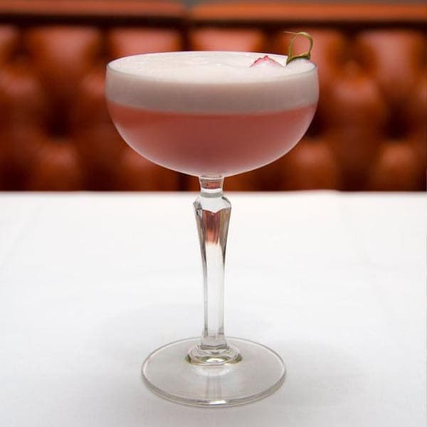 Clover Queen cocktail – Boadicea Rosa gin, lemon juice, raspberry syrup, egg white – garnish with raspberries
