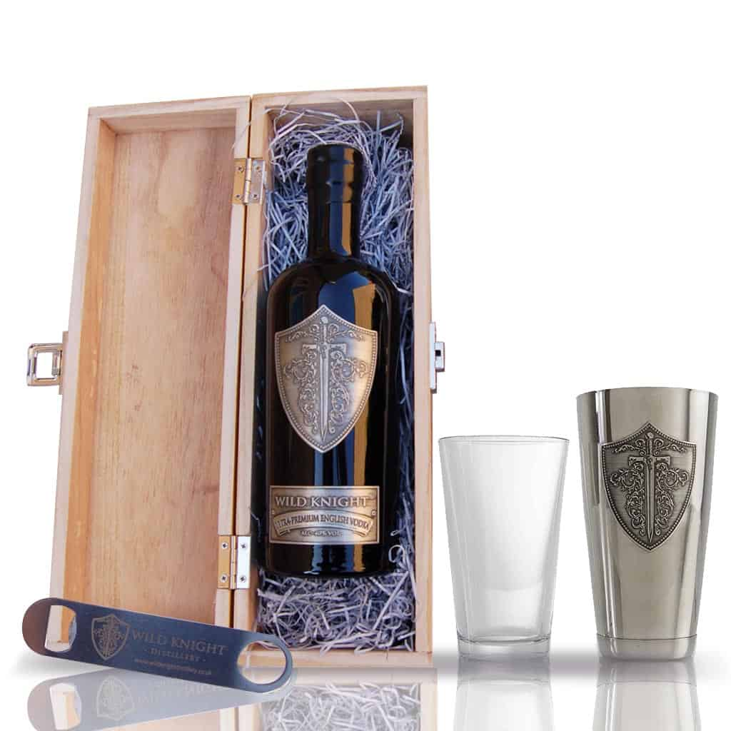 Gift Set: Wild Knight® Ultra-Premium English Vodka 70cl, Cocktail Shaker and Bar Blade