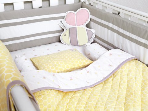 'Buzzing Bee' Organic Cot Bedding Set