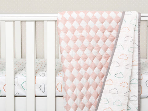 'Happy Cloud' Organic Quilted Blanket (Peach)