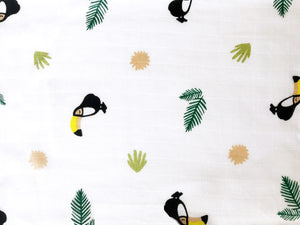 Organic Muslin Burp Cloth & Bib – Tropical Toucan