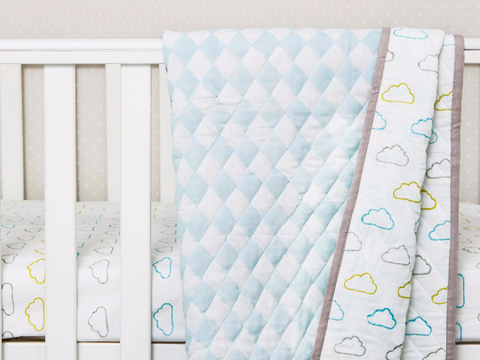 'Happy Cloud' Organic Quilted Blanket (Blue)