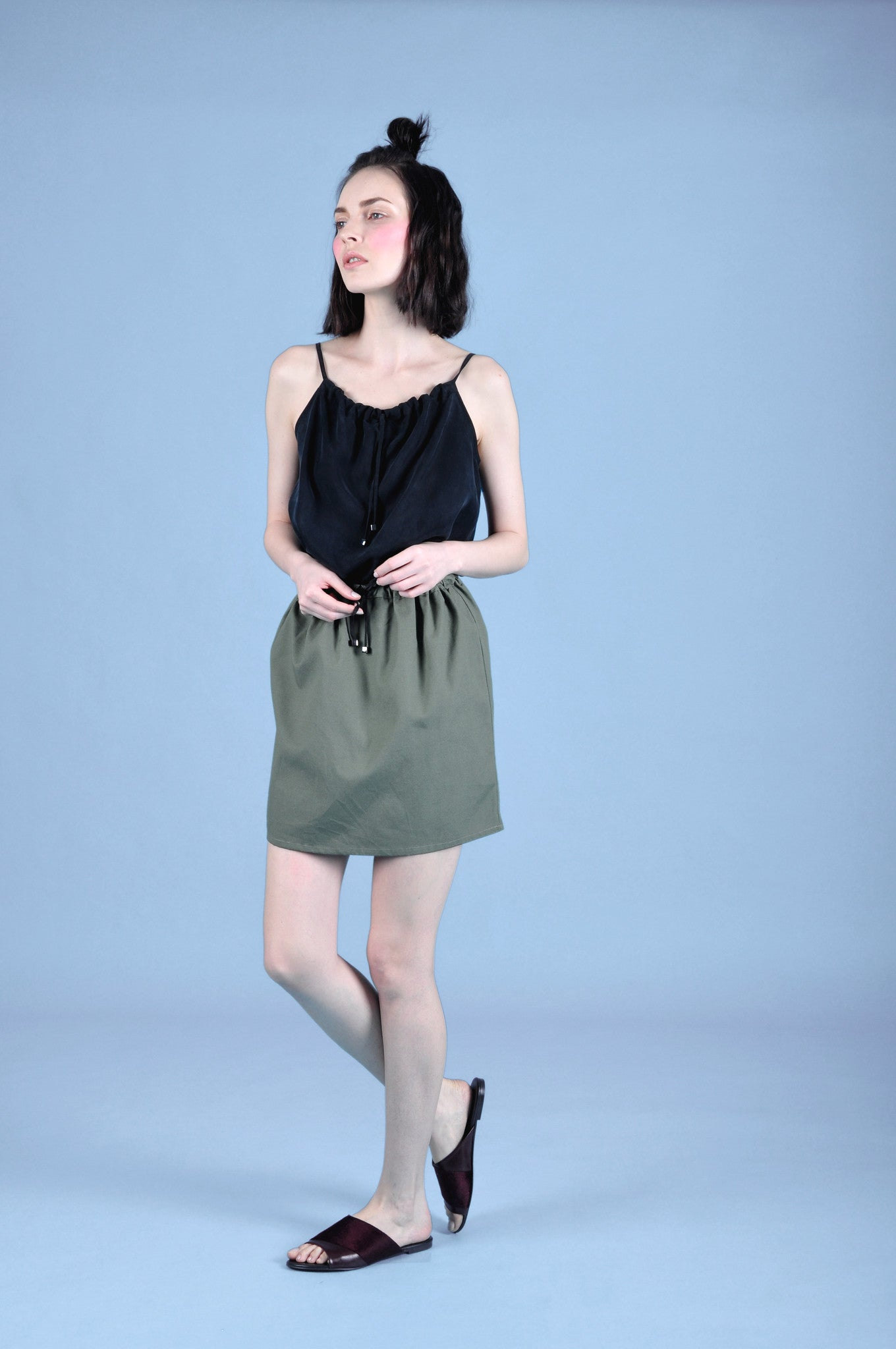 MEI  THE BASIC DRAWSTRING SKIRT
