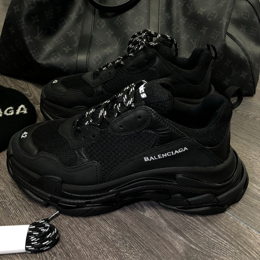 BALENCIAGA TRIPLE S TRIPLE BLACK MENS