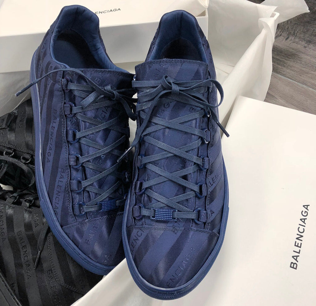 BALENCIAGA ARENA LOGO-JACQUARD LOW TOP NAVY MENS