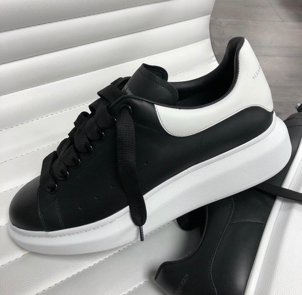 ALEXANDER MCQUEEN BLACK/WHITE MENS