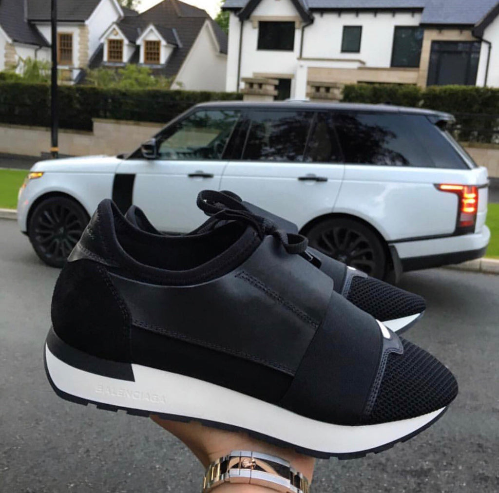 BALENCIAGA RACE RUNNER BLACK/WHITE MENS