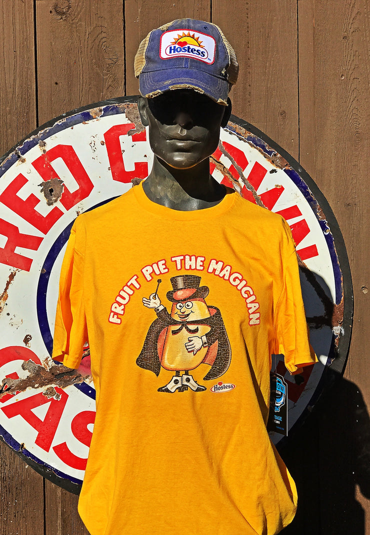 Fruit Pie the Magician Tee- Gold