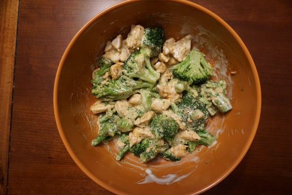 Assault & Pepper powered Low-Carb Chicken & Broccoli Alfredo