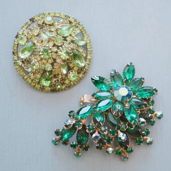 Round domed shape Brooch