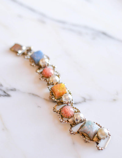 Colorful Confetti Lucite and Pearl Bracelet by Unsigned Beauty - Vintage Meet Modern Vintage Jewelry - Chicago, Illinois - #oldhollywoodglamour #vintagemeetmodern #designervintage #jewelrybox #antiquejewelry #vintagejewelry