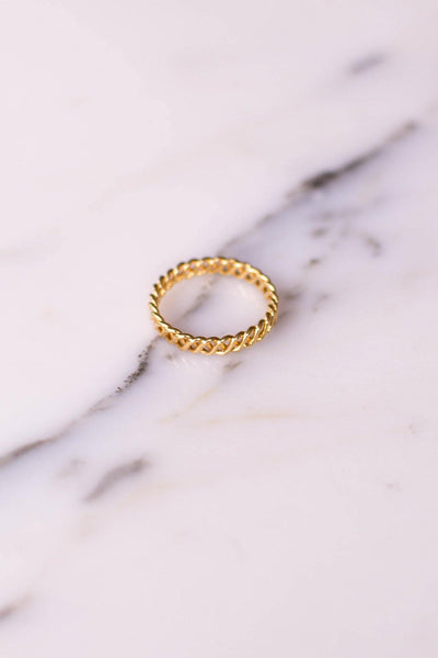 Gold Tone Braided Band Ring by Unsigned Beauty - Vintage Meet Modern Vintage Jewelry - Chicago, Illinois - #oldhollywoodglamour #vintagemeetmodern #designervintage #jewelrybox #antiquejewelry #vintagejewelry