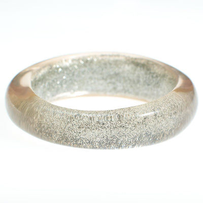 Vintage Lucite Bangle with Silver Glitter by Vintage Meet Modern  - Vintage Meet Modern Vintage Jewelry - Chicago, Illinois - #oldhollywoodglamour #vintagemeetmodern #designervintage #jewelrybox #antiquejewelry #vintagejewelry