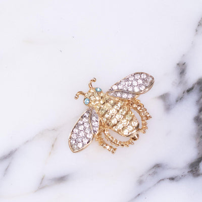 Vintage Kenneth Jay Lane Bejeweled Bee Brooch by Vintage Meet Modern  - Vintage Meet Modern Vintage Jewelry - Chicago, Illinois - #oldhollywoodglamour #vintagemeetmodern #designervintage #jewelrybox #antiquejewelry #vintagejewelry