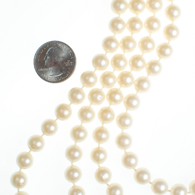 Vintage Opera Length Faux Pearl Necklace by Vintage Meet Modern  - Vintage Meet Modern Vintage Jewelry - Chicago, Illinois - #oldhollywoodglamour #vintagemeetmodern #designervintage #jewelrybox #antiquejewelry #vintagejewelry
