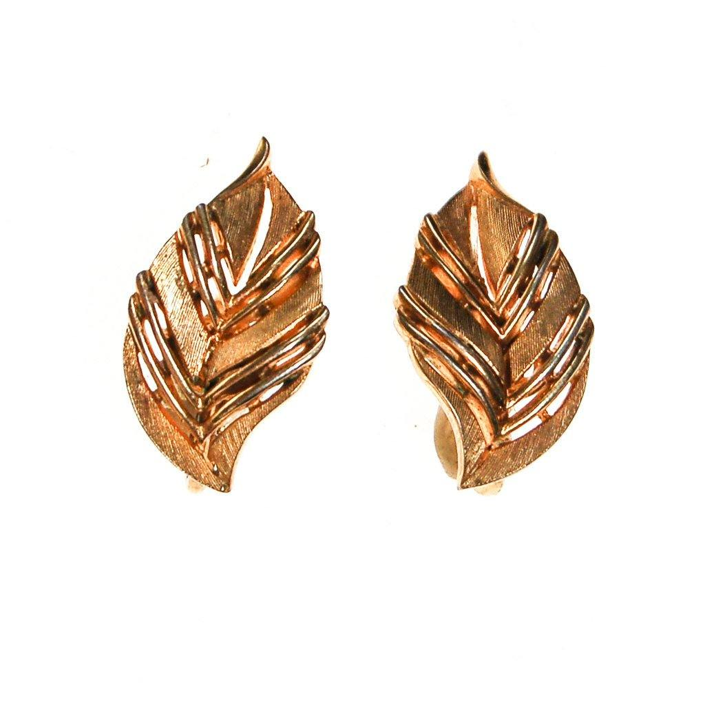 Crown Trifari Gold Leaf Earrings - Vintage Meet Modern  - 2