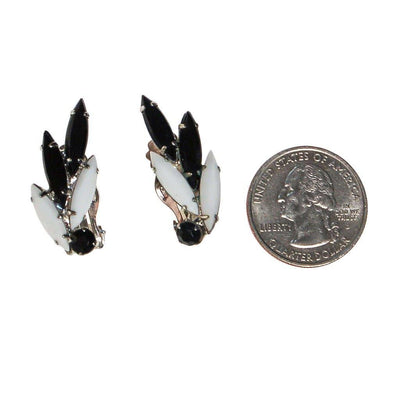 Mid Century Modern Black and White Rhinestone Earrings by Unsigned Beauty - Vintage Meet Modern Vintage Jewelry - Chicago, Illinois - #oldhollywoodglamour #vintagemeetmodern #designervintage #jewelrybox #antiquejewelry #vintagejewelry