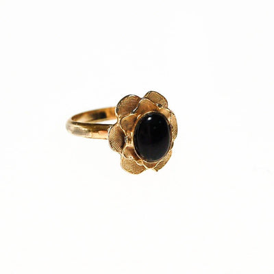 Mid Century Modern Gold Oval Ring with Black Onyx Center by 1960s - Vintage Meet Modern Vintage Jewelry - Chicago, Illinois - #oldhollywoodglamour #vintagemeetmodern #designervintage #jewelrybox #antiquejewelry #vintagejewelry