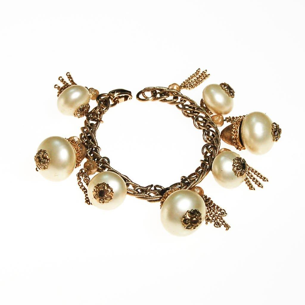 Pearl and Gold Tassel Charm Bracelet