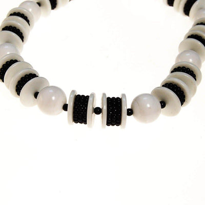 Long Black and White Chunky Bead Necklace by Unsigned Beauty - Vintage Meet Modern Vintage Jewelry - Chicago, Illinois - #oldhollywoodglamour #vintagemeetmodern #designervintage #jewelrybox #antiquejewelry #vintagejewelry
