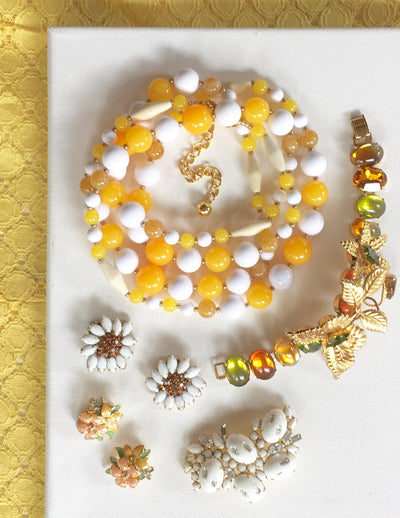 Joan Rivers Yellow and White Beaded Necklace by Joan Rivers - Vintage Meet Modern Vintage Jewelry - Chicago, Illinois - #oldhollywoodglamour #vintagemeetmodern #designervintage #jewelrybox #antiquejewelry #vintagejewelry
