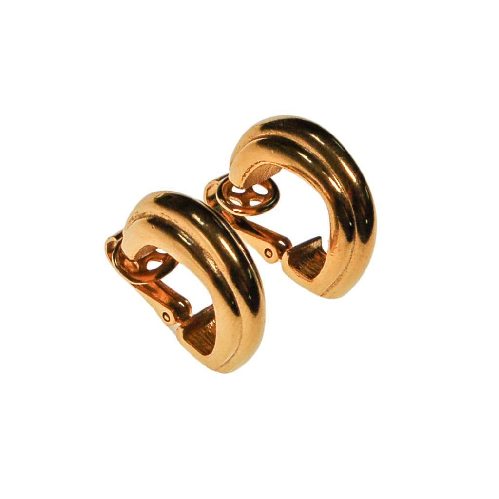 Crown Trifari Gold Ribbed Hoop Earrings
