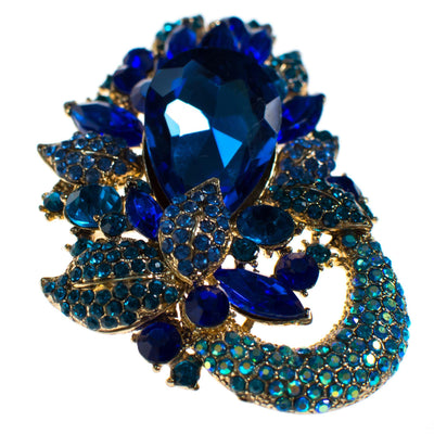 Vintage Shades of Blue Rhinestone Brooch Pendant by Unsigned Beauty - Vintage Meet Modern Vintage Jewelry - Chicago, Illinois - #oldhollywoodglamour #vintagemeetmodern #designervintage #jewelrybox #antiquejewelry #vintagejewelry