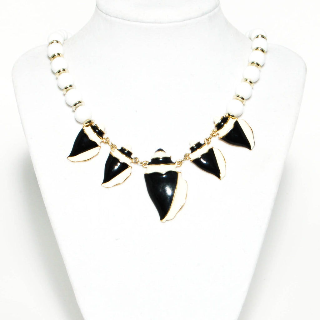 1980's Black and White Lucite Necklace, Necklaces - Vintage Meet Modern