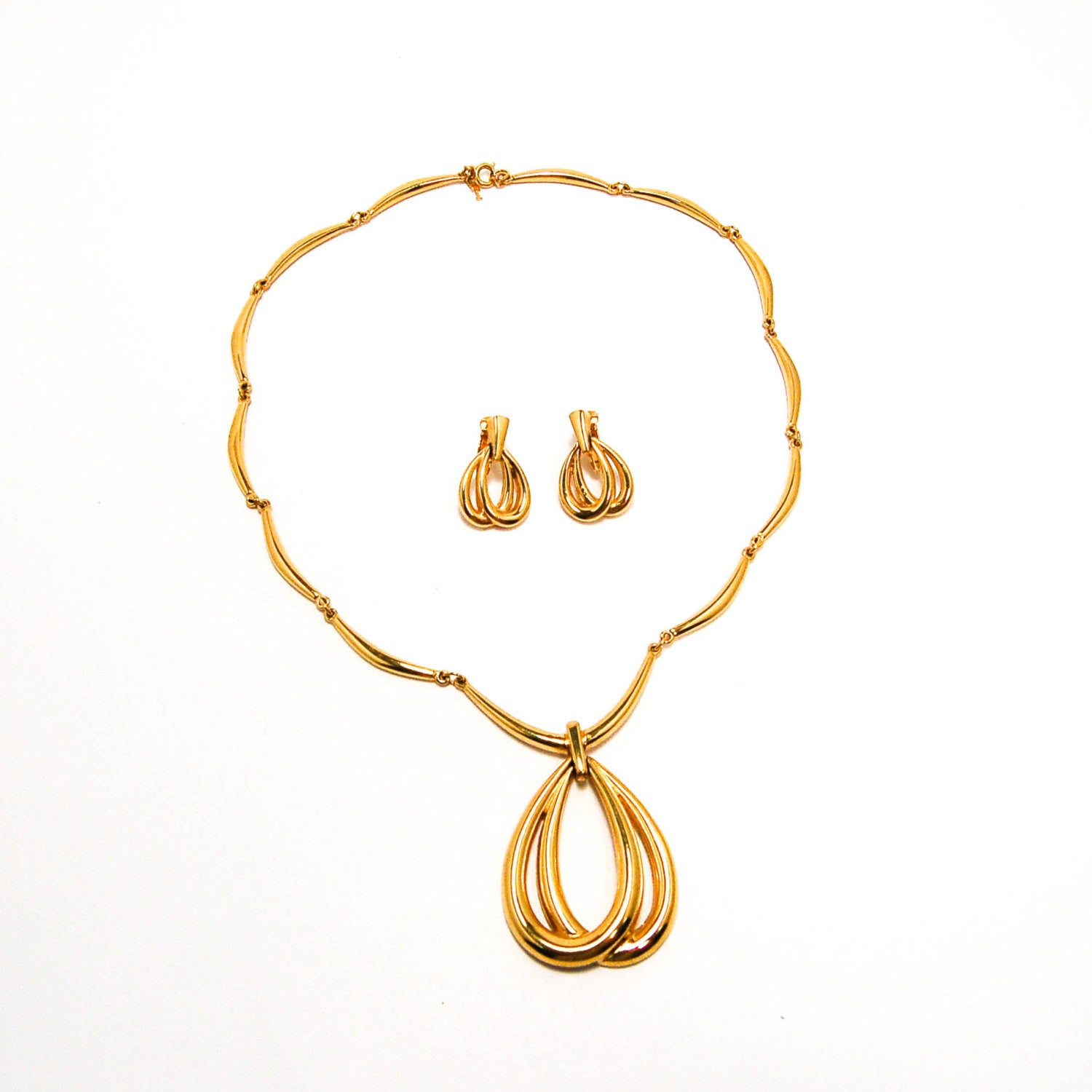 trifari jewelry official site