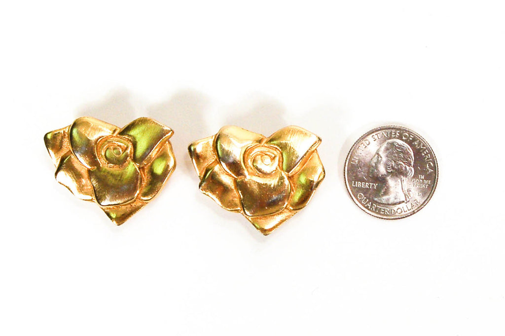 1980's Gold Tone Rose Earrings - Vintage Meet Modern  - 4