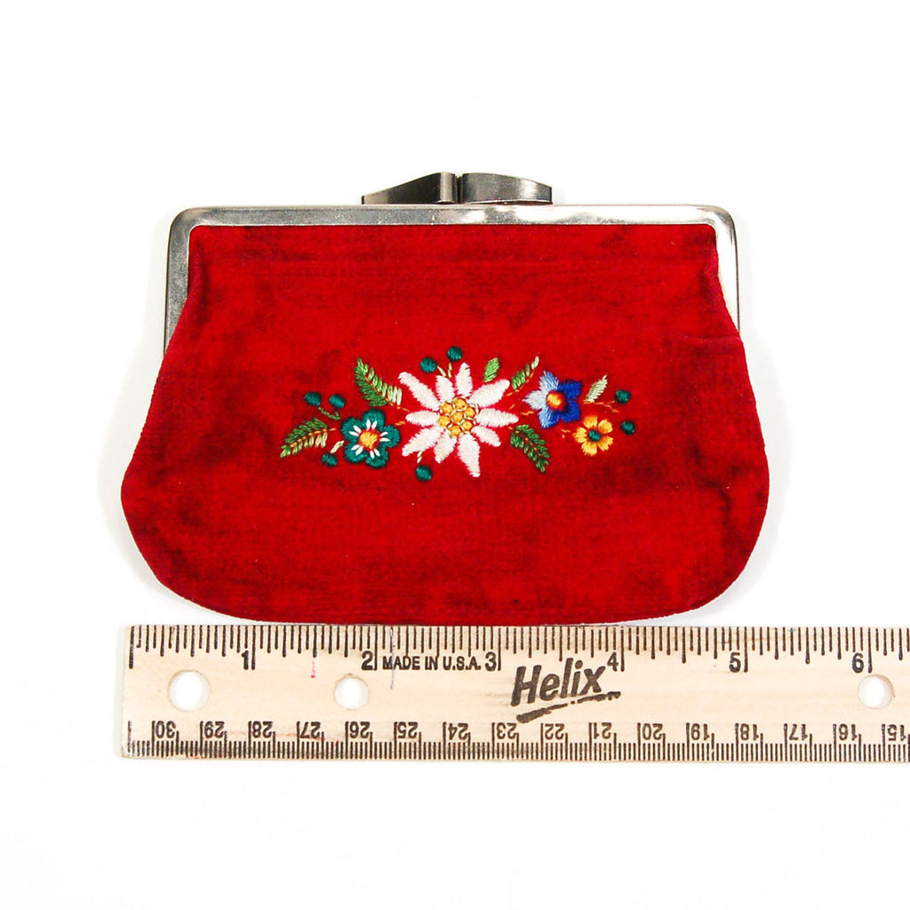 Red Velvet Coin Purse, Embroidered Flowers, Vintage - Vintage Meet Modern  - 3