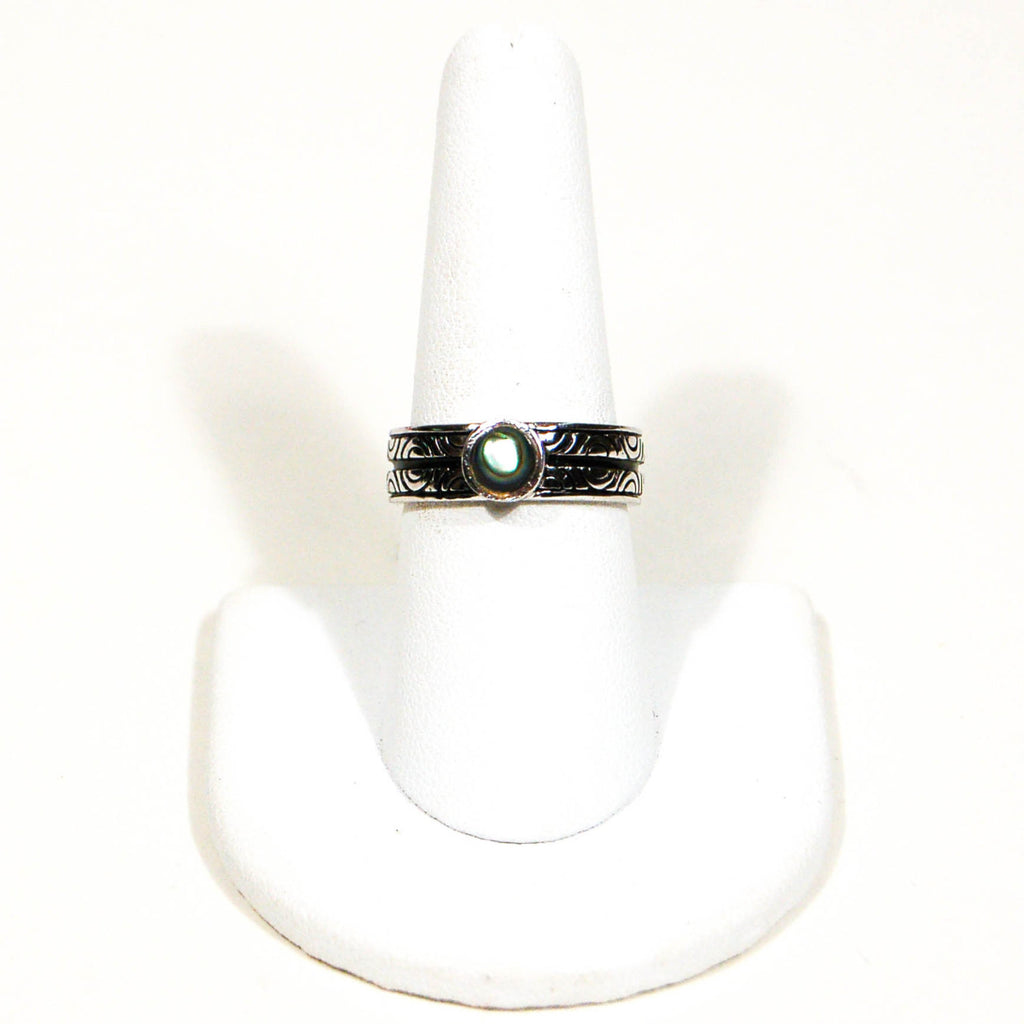 Etched Band and Abalone Cabochone Sterling Silver Ring - Vintage Meet Modern  - 2