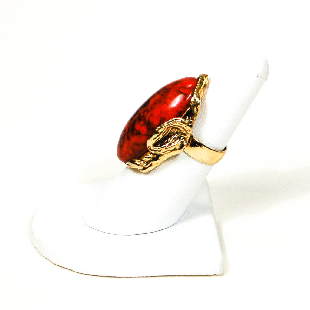 1960's Adjustable Gold Tone Faux Coral Statement Ring - Vintage Meet Modern  - 4