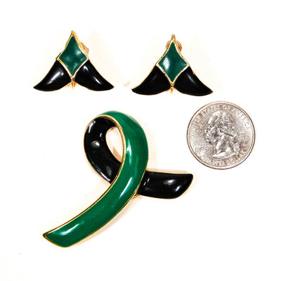 1950's Black and Green Brooch and Earrings Set by 1950's - Vintage Meet Modern Vintage Jewelry - Chicago, Illinois - #oldhollywoodglamour #vintagemeetmodern #designervintage #jewelrybox #antiquejewelry #vintagejewelry