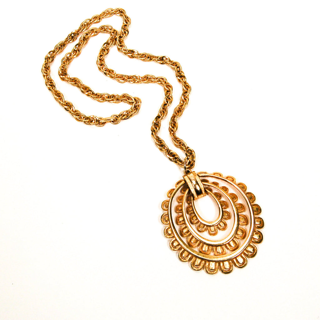 Gold Scalloped Medallion Statement Necklace - Vintage Meet Modern  - 3