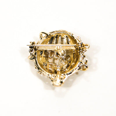 Around the World Gold Globe Brooch by Unsigned Beauty - Vintage Meet Modern Vintage Jewelry - Chicago, Illinois - #oldhollywoodglamour #vintagemeetmodern #designervintage #jewelrybox #antiquejewelry #vintagejewelry