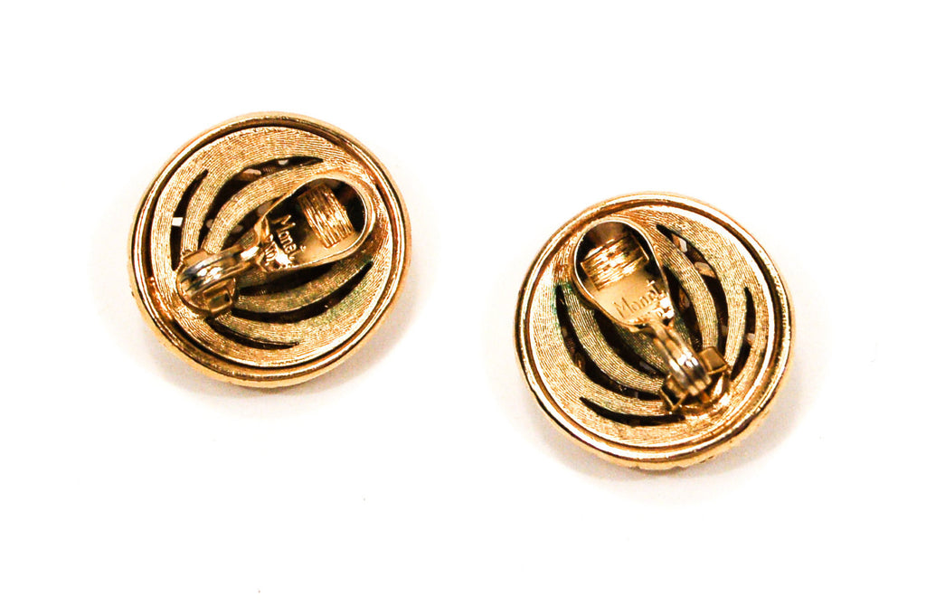 Gold Tone Round Basket Weave Earrings by Monet - Vintage Meet Modern  - 4