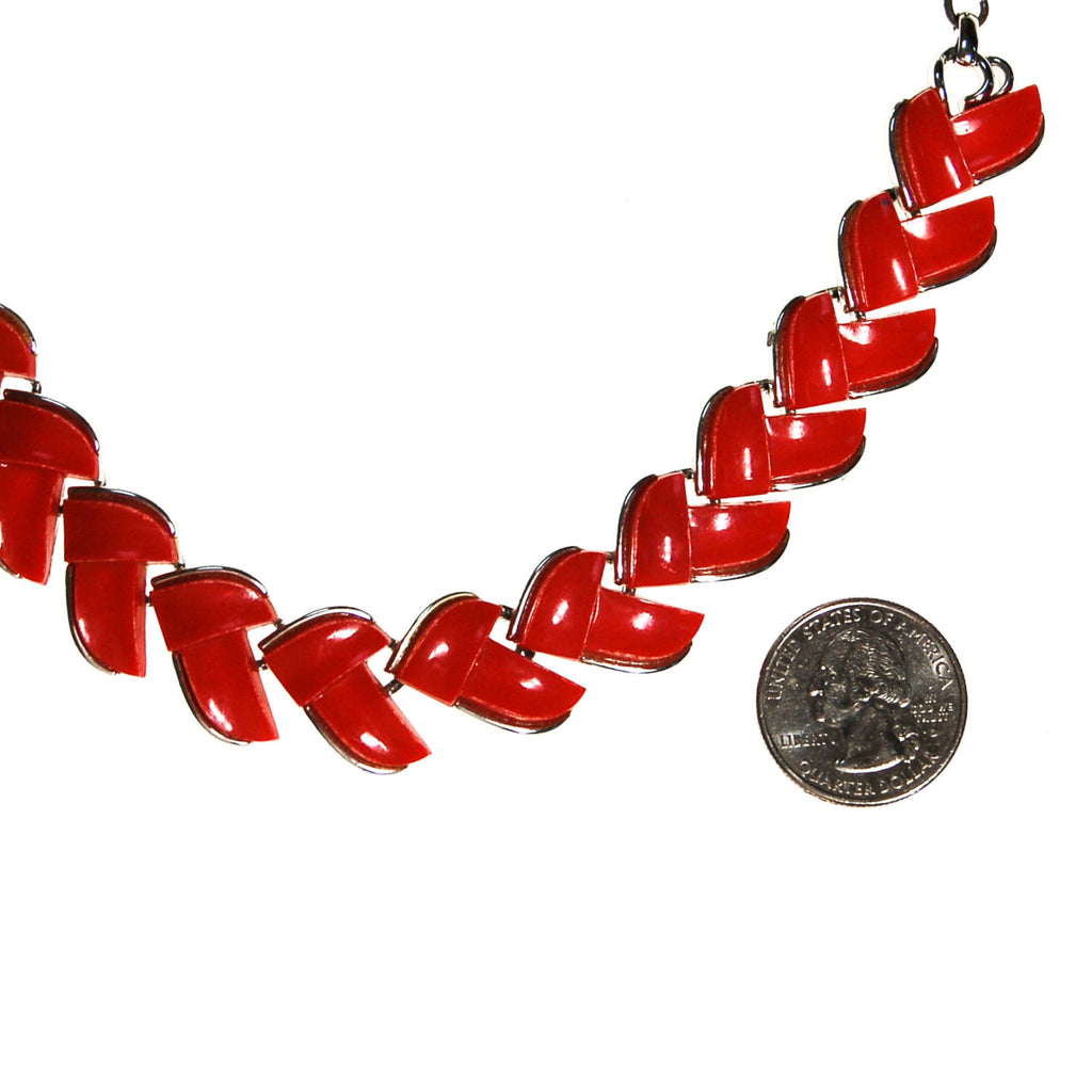 Retro Red Thermoset Necklace by Lisner - Vintage Meet Modern  - 4