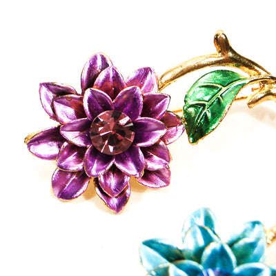 Blue and Purple Flower Scatter Pin Brooch Set by Unsigned Beauty - Vintage Meet Modern Vintage Jewelry - Chicago, Illinois - #oldhollywoodglamour #vintagemeetmodern #designervintage #jewelrybox #antiquejewelry #vintagejewelry