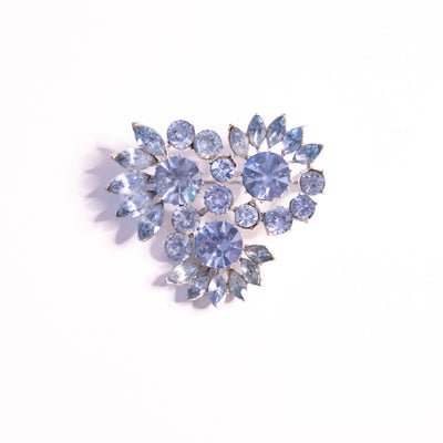 Vintage Blue Rhinestone Flower Brooch by Unsigned Beauty - Vintage Meet Modern Vintage Jewelry - Chicago, Illinois - #oldhollywoodglamour #vintagemeetmodern #designervintage #jewelrybox #antiquejewelry #vintagejewelry