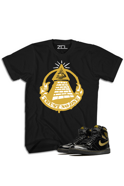 "Air Jordan 1 High OG ""Trust No One"" Tee Metallic Gold - Zamage"