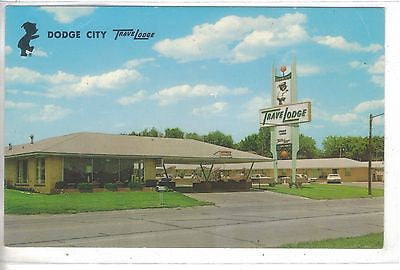 TraveLodge-Dodge City,Kansas.Vintage postcard front