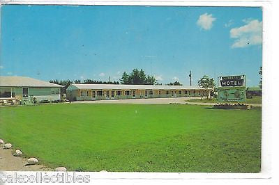 Roberts Motel on M-28-Newberry,Michigan - Cakcollectibles