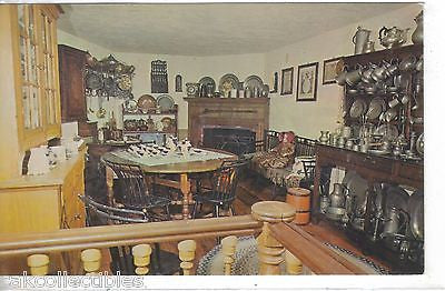Colonial Kitchen,Mary Merritt's Doll Museum-Douglassville,Pennsylvania - Cakcollectibles