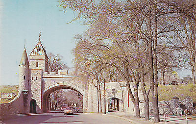 The St. Lois Gate, Quebec, Canada Postcard - Cakcollectibles - 1