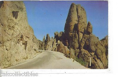 Rock Gateway,Needles Highway-Black Hills,South Dakota 1955 - Cakcollectibles
